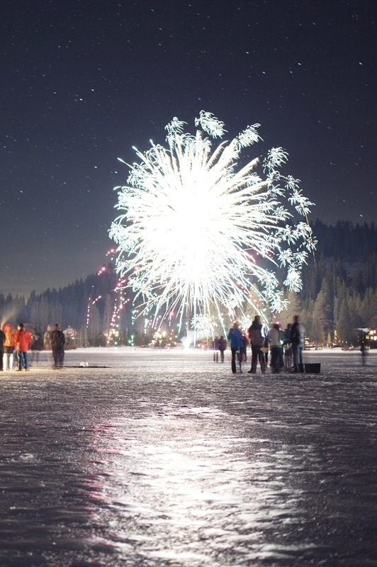 ivvvoo:  New Years Eve bylaurenl