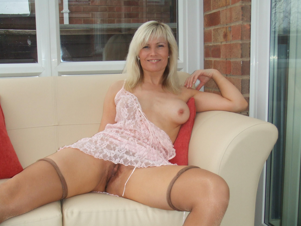 Kinky mature sluts blonde
