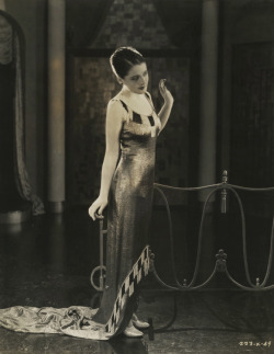 maudelynn:  Norma Shearer in Slave to Fashion c.1925
