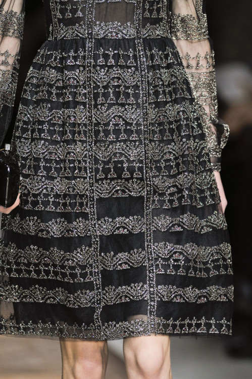 girlannachronism:  Valentino fall 2012 rtw details     runway, editorial, backstage, street style