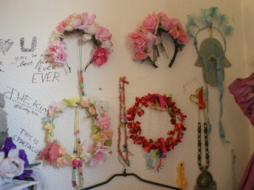 bubblegumpopqueen:  my wall of flower crowns in my bedroom