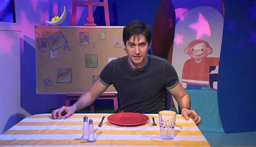 foreverwanderingtheworld: Richard Armitage on Cbeebies - there is no greater thing on this world, oh god