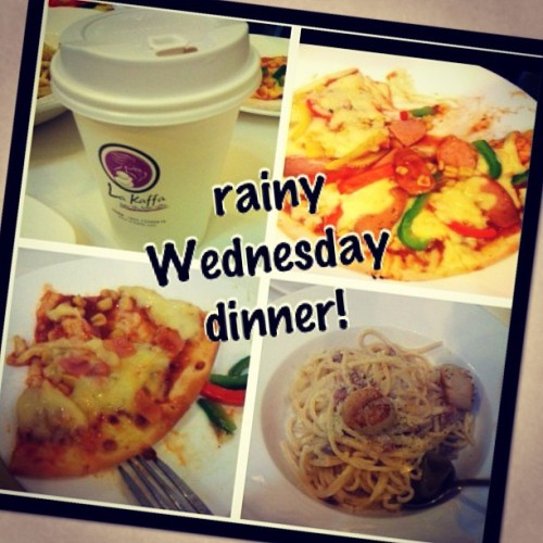 #rainy Wednesday #dinner with @bellinigurl !!! #food #pasta #carbonara #pizza (at la kaffa)
