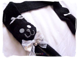 cateaclysmic:  Black Glitter Kitty Cat Scarf ♥ Cateaclysmic Crafts ♥