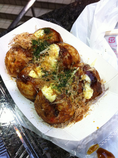 Takoyaki near Hatagaya Station by jimmyxpark on Flickr.