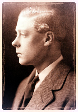 HM King Edward VIII by Mig_R on Flickr.A gorgeous image of Prince Edward of Wales. He had an awesome profile! 1920s.Via Flickr: