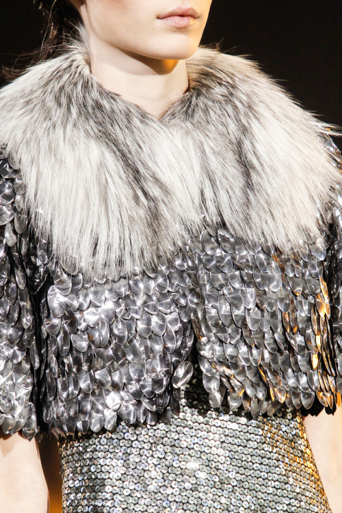 yourmothershouldknow:  Marc Jacobs Otoño/Invierno 2013 Semana de la Moda de Nueva York ….. Marc Jacobs Autumn/Winter 2013 New York Fashion Week