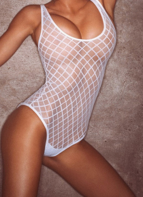 asthetiques:  Shelby Lynn Chesnes for Playboy.