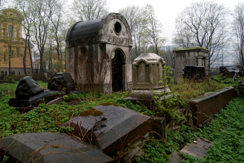 Crumbling tombs on one of the graveyards by the Alexander Nevsky monastery, 11-05-2013 This monastery has three separate graveyards, one of which is home to many famous Russians like Tchaikovsky and Dostoevsky. I only had time to peruse two. Guess which one I stupidly missed? Well, excuse to go back some time, I suppose. It also rained like crazy but that only served to heighten the atmosphere. I love old graveyards, but that kind of comes with my unusual childhood spent on one, I suppose.