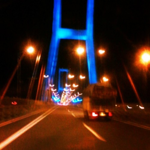 Jembatan suramadu: penghubung antara surabaya dan madura #bridge #suramadu #view #night #blue #truck #indonesia  (at Jembatan Suramadu (Suramadu Bridge))