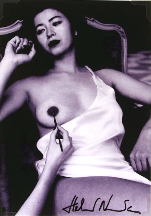 realityayslum:  Helmut Newton (1920-2004) - Painted Breast, n.d. … and in color