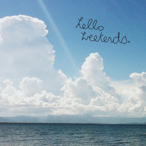 Fluffey ☁ Happy weekend!
