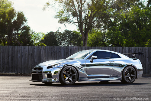 crash—test:  Chrome GTR (by Garrett Wade (v2lab))  Fugly