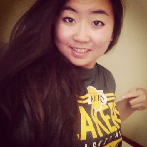 Reppin' my team #lakers #nba #basketball #jersey #asian #girl #represent #la #selfie