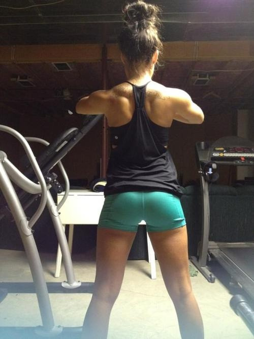 sexygymbabe:  #Hardbody #GymChicks #fitspo Pics of SexyGymBabes who dedicate themself to their body! Updated Daily!  http://SexyGymBabe.tumblr.com