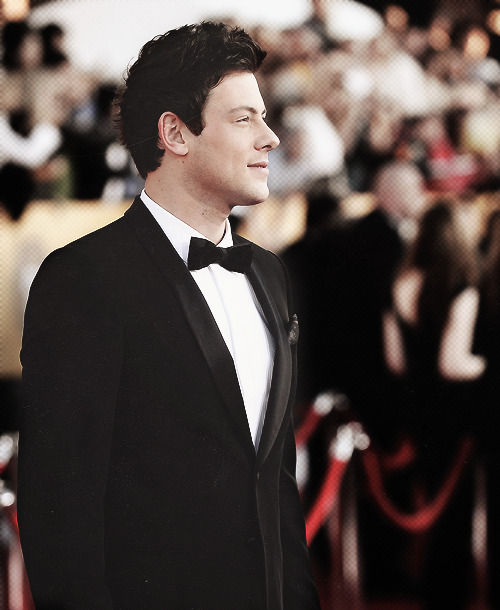 coffeeandlea:  39/50 pictures of Cory Monteith