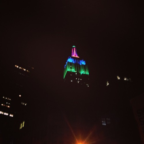 #photoadaymay Day 16: Beautiful—strolling NYC at night. #NYC #EmpireState #lights #skyscrapers #buildings #skyline #icon #architecture #colorful #bright #brightlights #bigcity #NewYork #streets #nighttime #walking #dinner #workout #rooftop  #photochallenge #May #photoaday #spring #picoftheday #maycreative