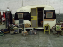Hey all my fellow Salt Lakers, come see me and my 1957 Trailer Luna☾Dust filled with vintage goodies at The Sat Lake Vintage Flea Market at 1300 s 550 w every Sat and Sun!