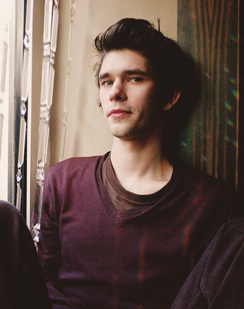 cartoon-heart:  favourite pictures of Ben Whishaw: 60/100