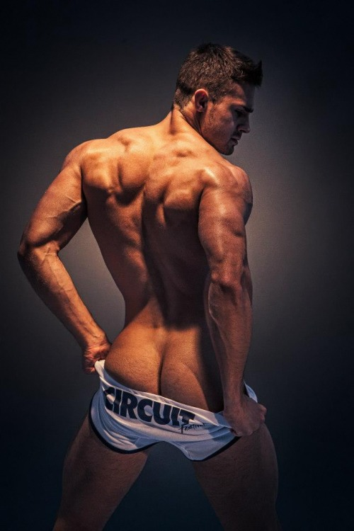 tumblr mn6szm3QuK1qgucp7o1 500 Kirill Dowidoff for the ES Collection 9   RED MEAT | FACEBOOK |...