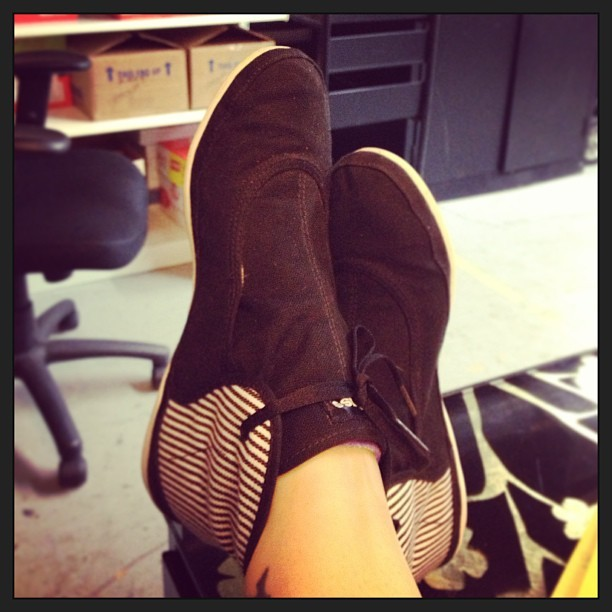 welovepens:  Hot new kicks from the Shoe Fairy. #ilovemyfriends
