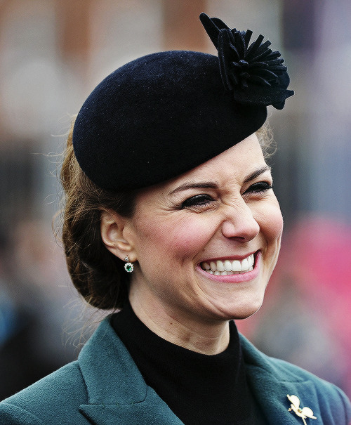 34/100 pictures of catherine elizabeth middleton.