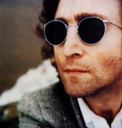 jeanbean603:  yoko-john:  1980 john was so rad   selfie~