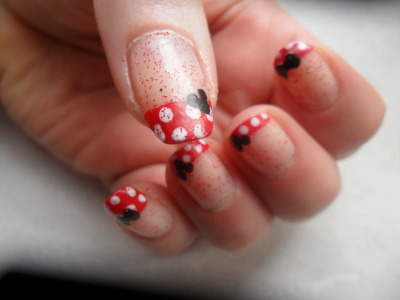 minnie mouse sur mes ongles !