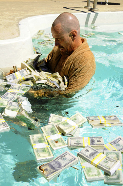 wazdope:  Swimming in the money…