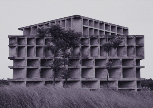 Krüger & Pardeller, The Tower of Shadows, Le Corbusier, Chandigarh, 1965 (courtesy Hasso Hohmann), 2005. Pigment print, 78 x 102 cm.