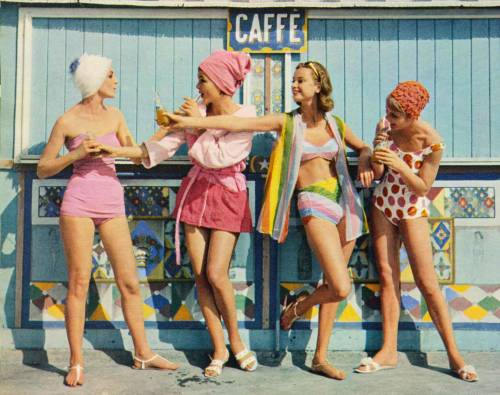 the60sbazaar:  Sixties beach fashion feature