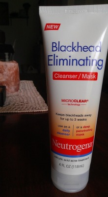 Review: Neutrogena Blackhead Eliminating Cleanser/Mask (coming soon!)