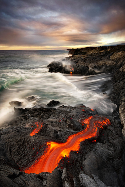 travelingcolors:  Big Island | Hawaii (by Bruce Omori)
