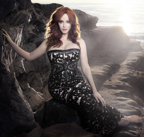 bohemea:  Christina Hendricks by Kurt Iswarienko