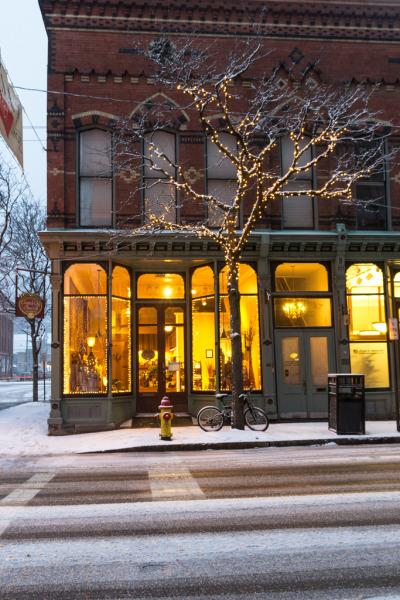 carolingcaroling:  Market Street - Corning - New York - USA (holl7510)