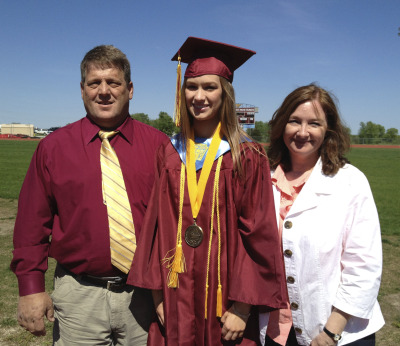 Rachel and her proud parents.