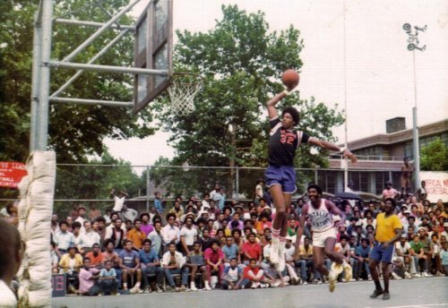 upnorthtrips:  Dr. J at Rucker Park (via charityline)