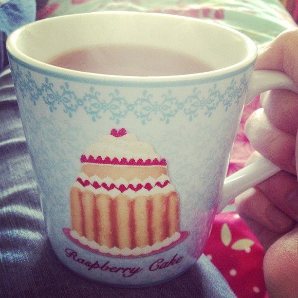 thetakingoftoastandtea:  Forever thankful for enormous mugs. #tea #mug #cake