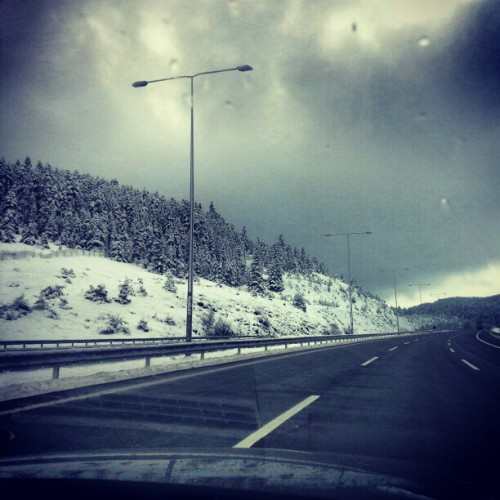 #road #car #winter #instahub #samsunggalaxys3