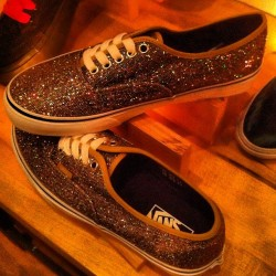 teenvogue:  Ready to dance with these sparkle @vans at #dinnerwithvans