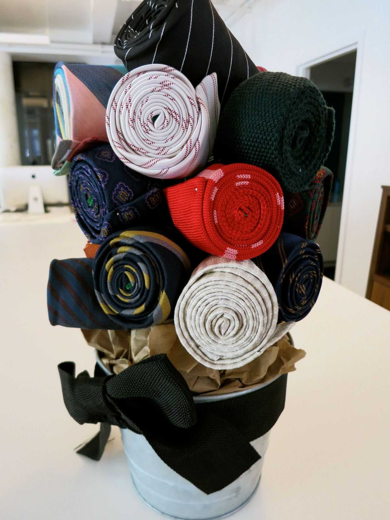 THANK YOU Band of Outsiders for the most triumphant and thrilling tie bouquet ever!