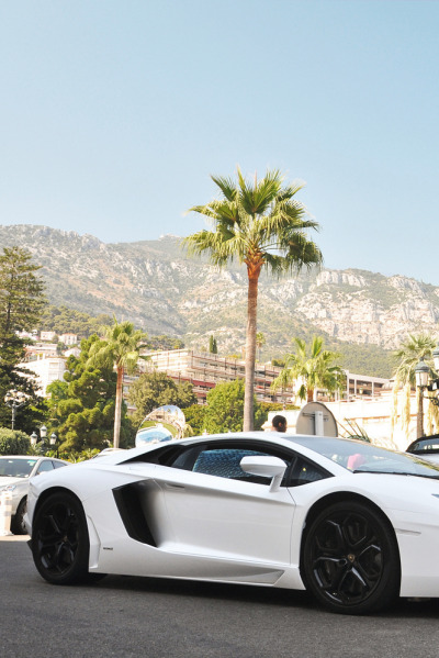 themanliness:  Lamborghini Aventador LP700 | Source | More