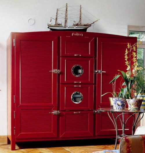 The Most Beautiful Refrigerators by Meneghini (via apartment therapy)  gasp. it really is.
