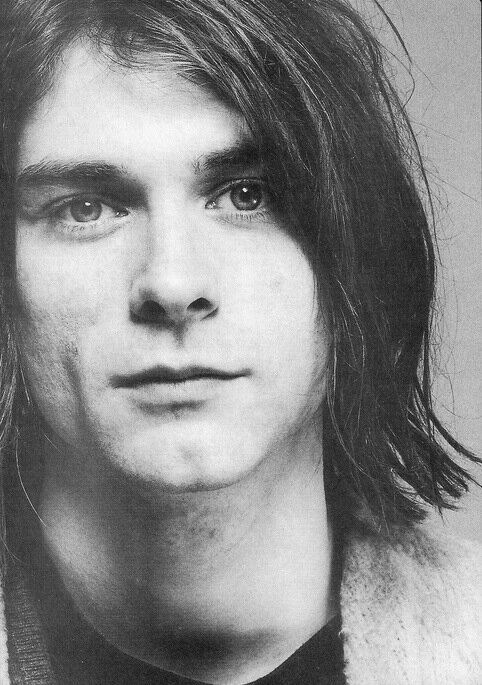 cccobain:  theneedfornirvana:  look at how fucking beautiful he is   i know welp
