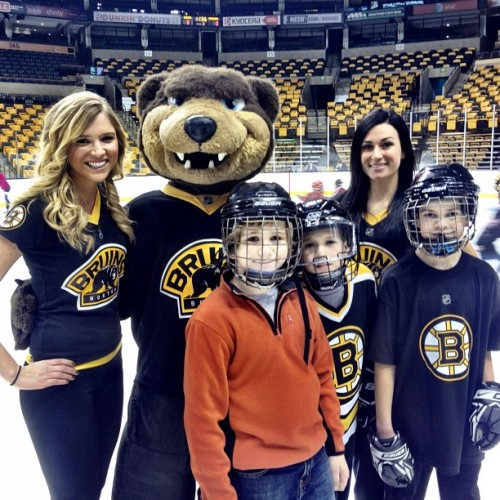 #Bruins summer hockey camp reunion today, as young players get to skate on @tdgarden ice.