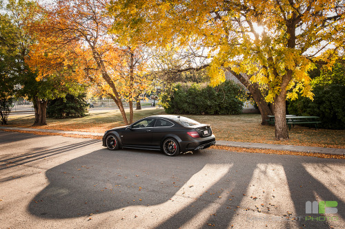 Evil shadow Starring: Mercedes-Benz C63 AMG Black Series (by Mike Boldt)