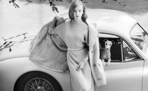 theniftyfifties:  Nena Von Schlebrügge (mother of Uma Thurman) for Vogue in 1958.