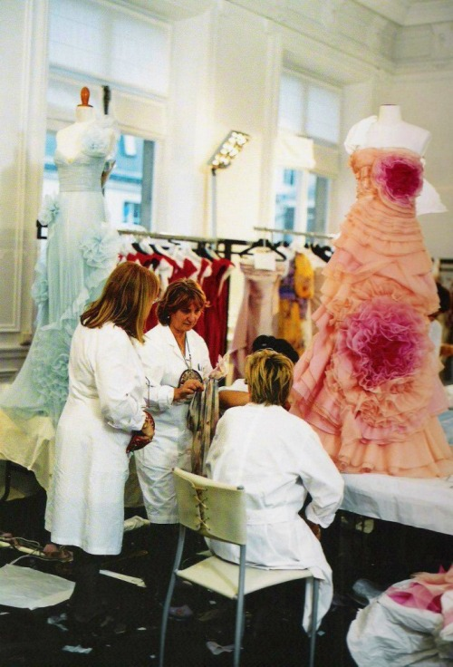 Inside the atelier for Valentino haute couture s/s 2008  (Valentino Garavani's last collection for Valentino)