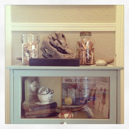Always collecting. #driftwood #antiques #foundobjects #decorating #design #kitchen #apartment #seattle  (at Hogwarts School of Witchcraft and Wizardry)