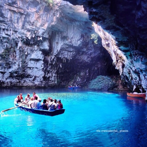 Melissani's Lake, Cave Cephalonia - Greece ✨❤️❤️✨ Picture by ✨✨@JeanFr87✨✨ Good morning world 😊😊 by @wonderful_places http://bit.ly/Y3WV5C